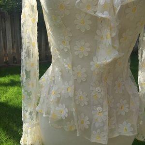 Vintage Lace sunflower 70s blouse